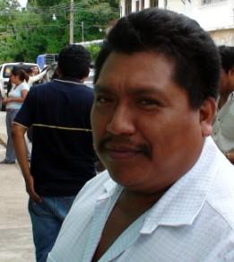 Juan Sánchez se la pasa en Palenque sin atender la presidenciamunicipal.