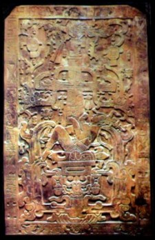La lápida funeraria de Pakal una obra maestra de la lapidaria maya.