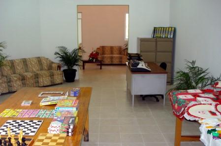 Espaciosas instalaciones para los viejitos.