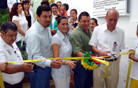 Inaugurada por funcionarios federales y municipales.