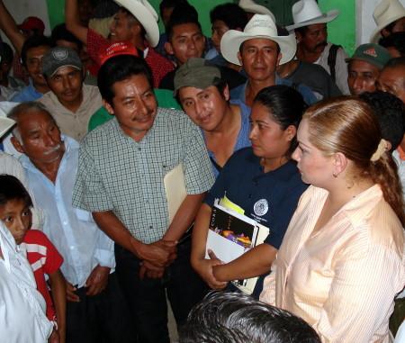La Diputada Yary detalló proyectos productivos federales para los campesinosind�genas.