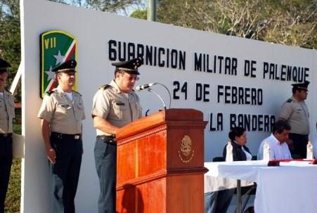 El General resaltó el simbolismo de la BanderaNacional.