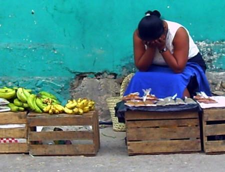 Agobiadas por la pobreza y lainjusticia.