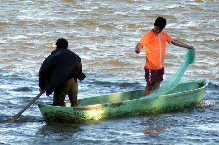 Programas pesqueros y pisc�colas para revertir pobreza ymarginación.