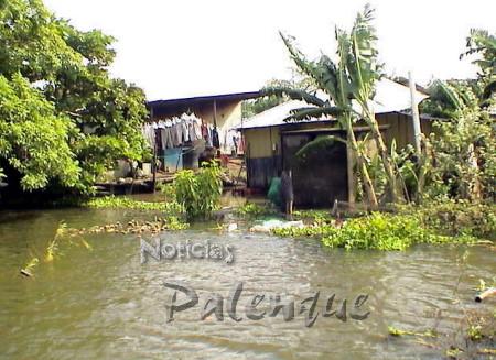 En algunas casas el agua subió màs de un metro.