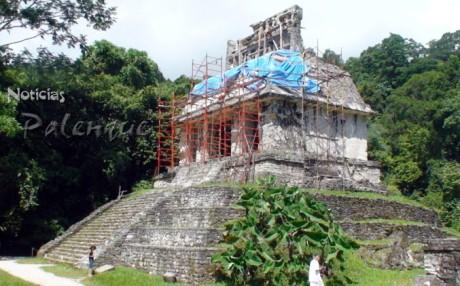 Actualmente se trabaja la limpieza del Templo del Sol.