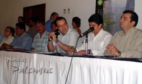 Albores Gleason sostuvo que en turismo Palenque es prioridad.