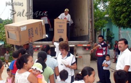 Cruz Roja hizo felices a muchas familias en Palenque.