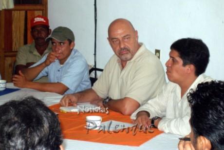 El director general del IFAT ofreció recursos a productores locales.