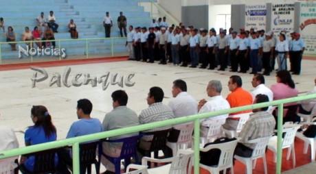 Los polic�as concluyeron su capacitación en Palenque.