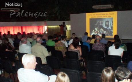Recordaron la primera Mesa Rendonda de Palenque.