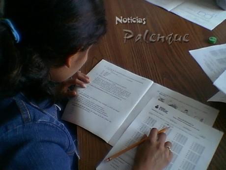 Salen deficientes y no pasan el examen de admisión en la preparatoria