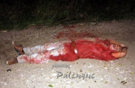Bañado en sangre se encontró el cuerpo del ruletero.