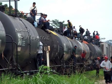 Decenas de indocumentados al año pierden la vida al caer del tren.