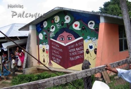 Los zapatistas rechazaron que la telesecundaria ocupe una aula de la escuela en su poder.