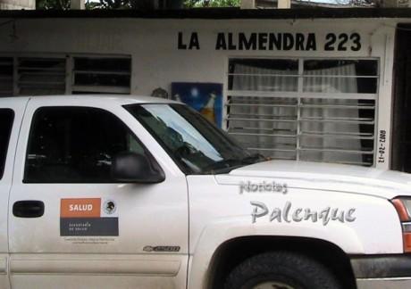 Uno a uno, la autoridad sanitaria inspeccionó los tugurios de Palenque.
