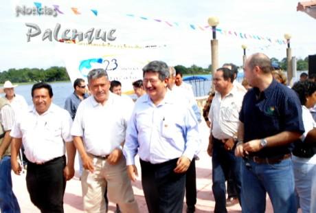 Junto con el edil de Catazajá, Plácido Morales inauguró el Torneo de Pesca Deportiva.
