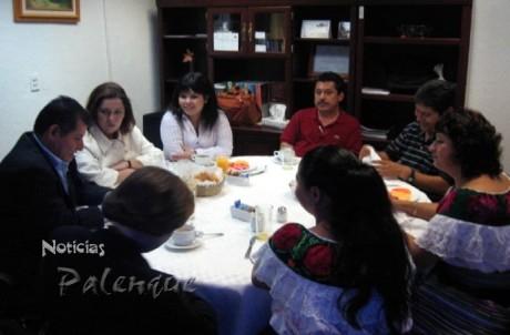 La comisión de Chilón expuso el programa a los diputados.