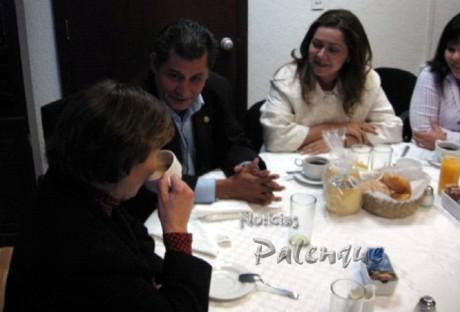 Los diputados se comprometieron a apoyar el proyecto.