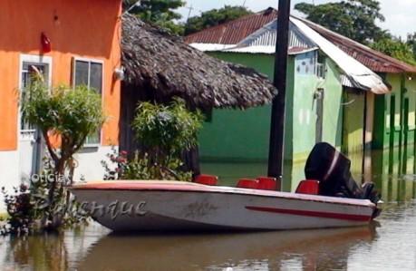 Continuan inundadas 750 viviendas en Catazajá.