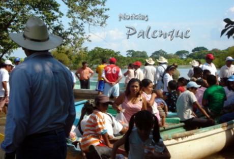 El único apoyo recibido en las comunidades inundadas de Palenque fue del Estado.