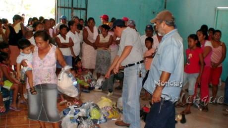 La segunda entrega consistió en más viveres, ropa y calzado.