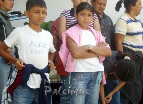 Varios menores entre los indocumentados.