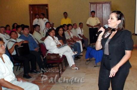La senadora detalló sus actividades legislativas.