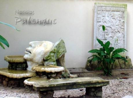 Sus primeras obras escultóricas se encuentran en La Cañada.