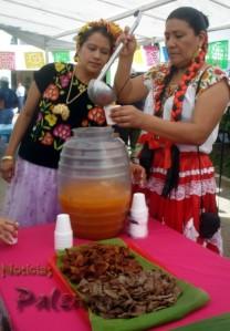 Bebidas y comidas tradicionales.