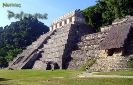 Tras el cierre lucieron desiertas las ruinas mayas de Palenque.