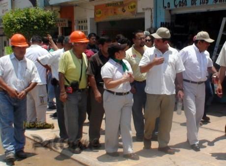 El secretario recorrió obras de remodelación de la Juárez.