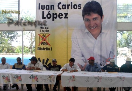 Juan Carlos López se reunió con pescadores.