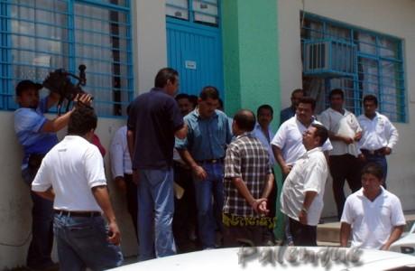 Demandaban la inmediata liberación de su compañero.