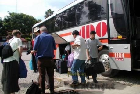 Cuando llegan a Palenque se dan cuenta de que los robaron.