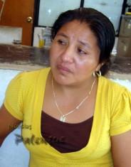 Muy afligida la profesora indigena acudió a poner su denuncia.