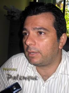 Luis Estrada demandó se reglamente cuanto antes.