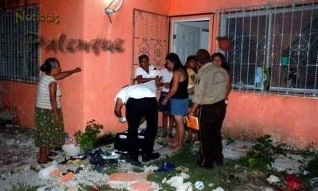 Destrozos y una persona lesionada al estrellarse en Las Flores.