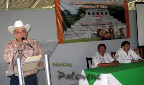 El subsecretario reconoció a los ganaderos del norte de Chiapas.