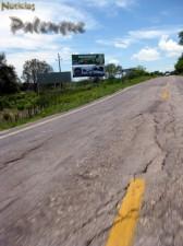 Pésimas condiciones registra el principal acceso a Palenque.