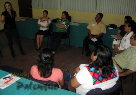 Los cursos buscan apoyar el desarrollo de las empresas locales.