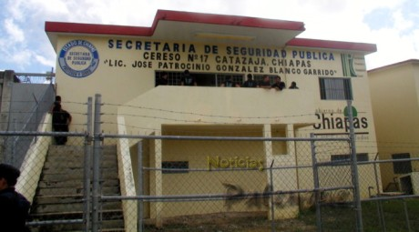 Los internos amenazan con irse a la huelga de hambre.