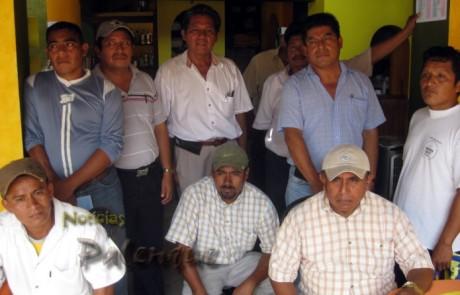 Pobladores de las comunidades afectadas acusan al jefe de zona escolar.