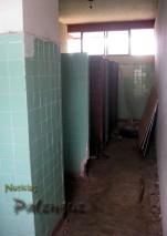 Los baños se encuentran ruinosos.
