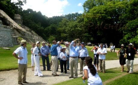 Los embajadores representan una magnifíca promoción.