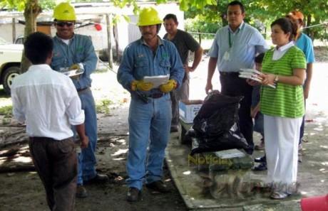 Los trabajadores de CFE buscan apoyar a comunidades marginadas.