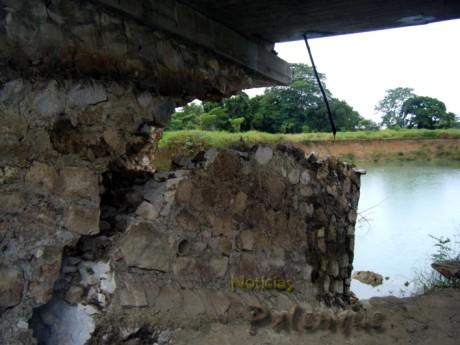 El puente esta a punto de derrumbarse_ER