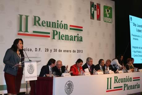 Diputados y senadores escucharon las propuestas de López Moreno
